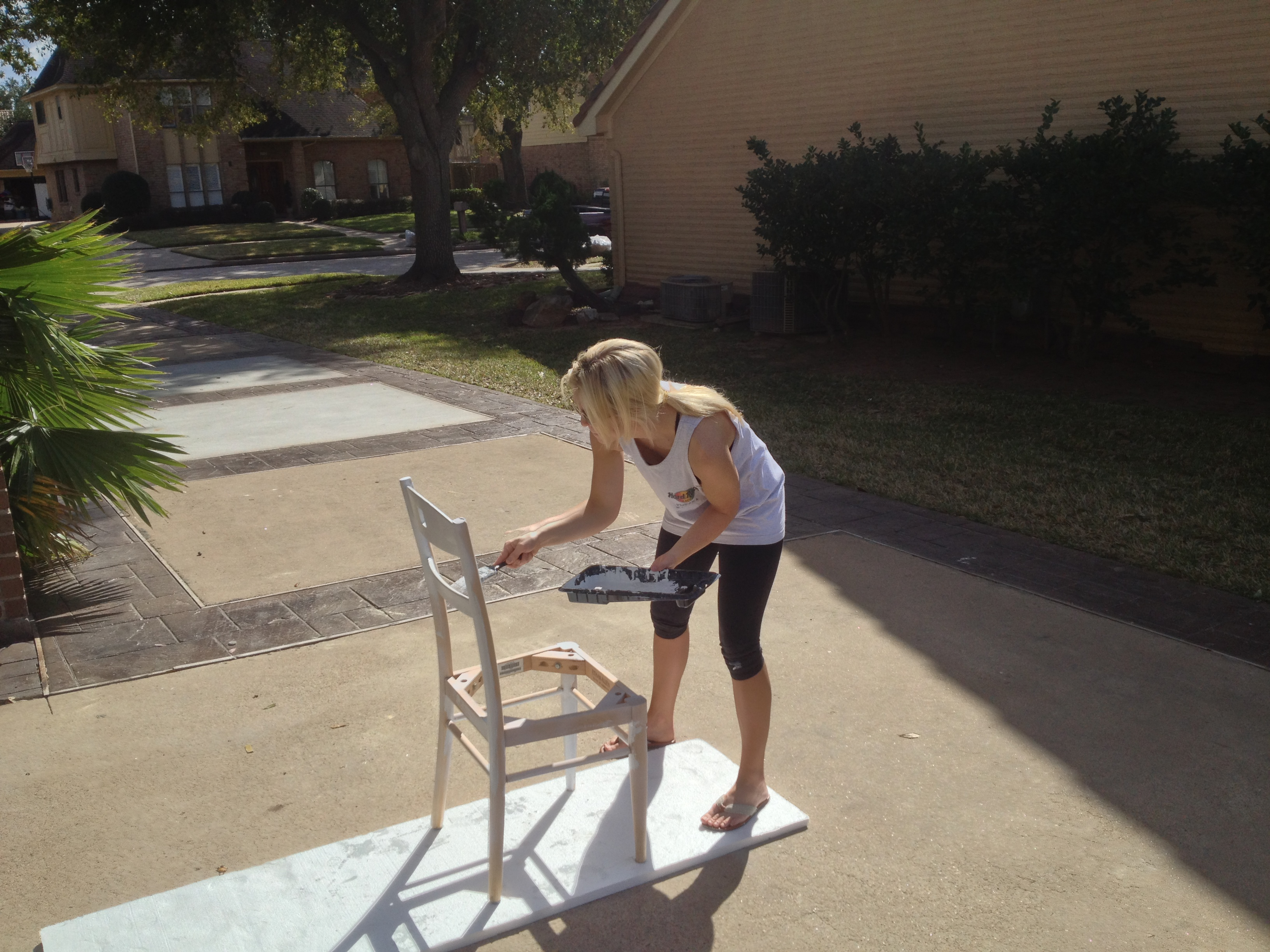 Painting in chair